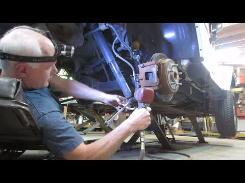 2014 Jeep wrangler lift kit install 2.5 inch, rough country