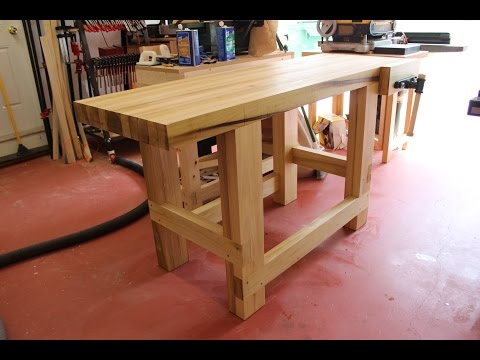 Build a Sturdy Woodworking Workbench