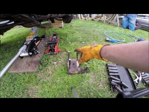 """Rough Country 4"""" Lift install 1993 Jeep Wrangler YJ - Front Suspension"""